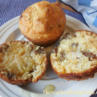 SAUSAGE and CHEESE GRITS MUFFINS Recipe