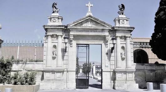 El Ayuntamiento de Almería recomienda no celebrar velatorios
