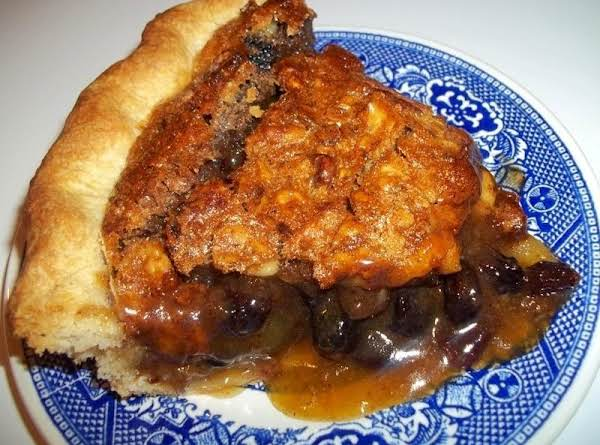 Spiced Raisin Walnut Pie