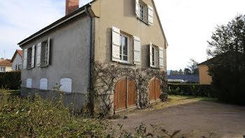 maison à Mesvres (71)