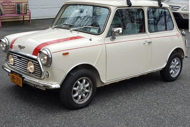 Classic Mini Cooper Hire Queens