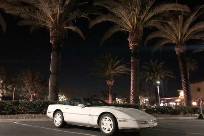 1988 Chevrolet Corvette 35th anniversary Hire CA