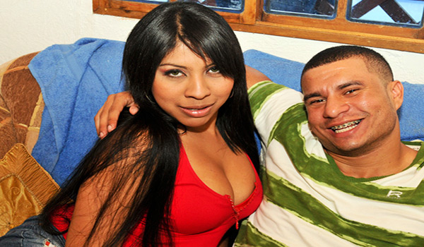Culioneros - Camila Pierde Su Virginidad Por La Segunda Vez!! (Nalgas Grandes)