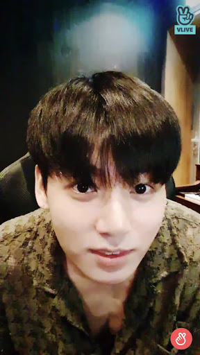 Here's BTS Jungkook's Karaoke Music Playlist From His Live Broadcast