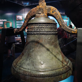 1800s Shipwreck Bell by Wendy Alley - Artistic Objects Antiques (  )