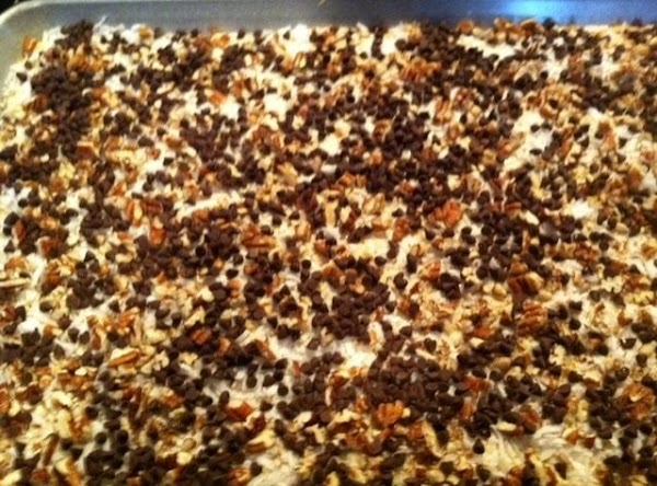 NEXT SPRINKLE CHOCOLATE CHIPS, EVENLY.