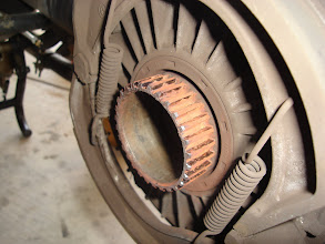 Photo: Rear drive splines look GREAT. That isn't rust but very thick, pasty grease.