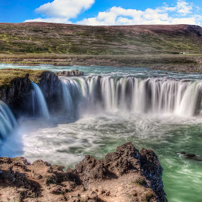 Goðafoss by Filippo Bianchi - Landscapes Waterscapes ( water, godafoss, iceland, waterscape, fall )