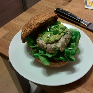 Burger of Tuna tartare and avocado