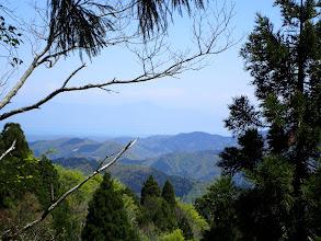 山頂から琵琶湖と伊吹山