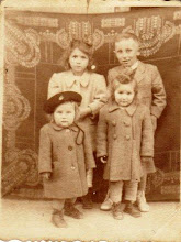 Photo: Beke Hermina, Misák Pali, Bödők Ilonka, Beke Irén 1950?
