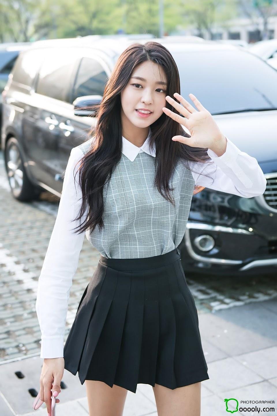 seolhyun casual 3