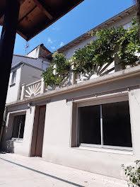maison à La Tour-du-Crieu (09)