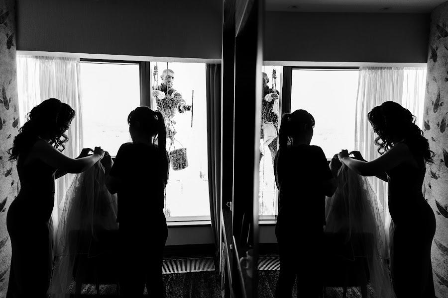 Wedding photographer Slava Semenov (ctapocta). Photo of 02.05.2019