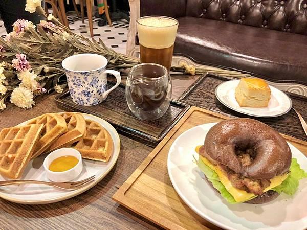 CROSS CAFFE 就享 手沖單品 義式咖啡 自家烘焙工作室