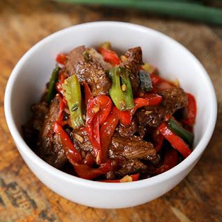 Stir Fry Beef with Spicy Hoisin Sauce.