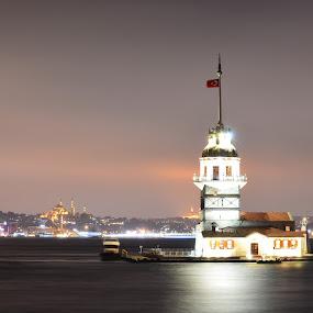 KIZ KULESI by Molnar Csilla - Buildings & Architecture Public & Historical ( building, night view, night photography, istanbul, historical,  )