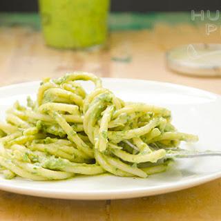 Creamy Avocado Pesto Sauce To Slurp Up My Spaghetti With