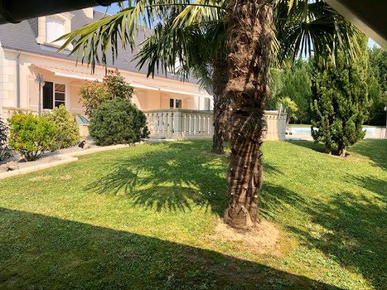 Vente maison 6 pièces 180 m2