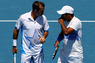 Photo: Leander Paes-Radek Stepanek reach doubles final of US Open http://t.in.com/7rVd