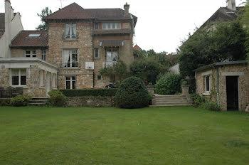 chambre à Versailles (78)
