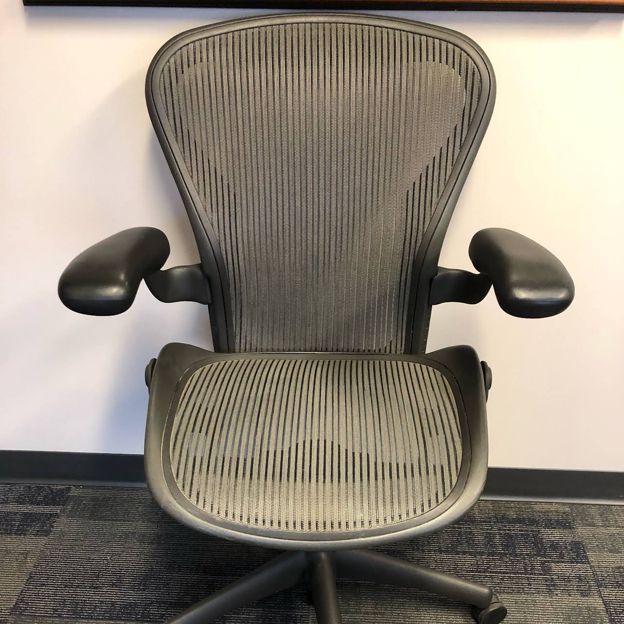 Commercial Office Liquidators New Used Office Furniture