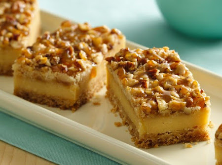Nutty Crumb Caramel Cheesecake Bars Recipe