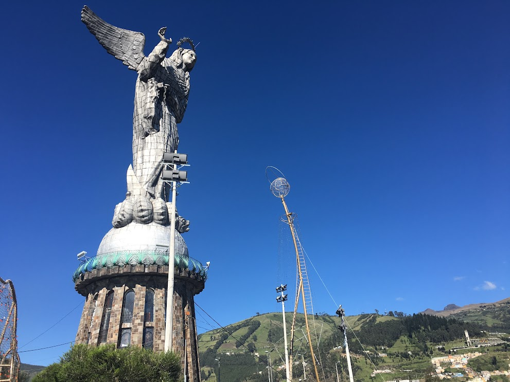 The maddona on El Panecillo