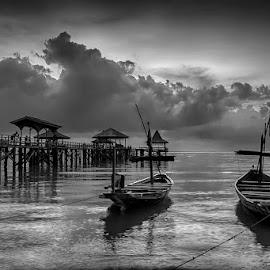 by Galaxi Man - Black & White Landscapes