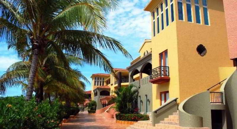 Parrot Tree Beach Resort