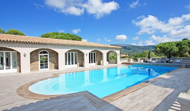 Maison avec terrasse Peymeinade