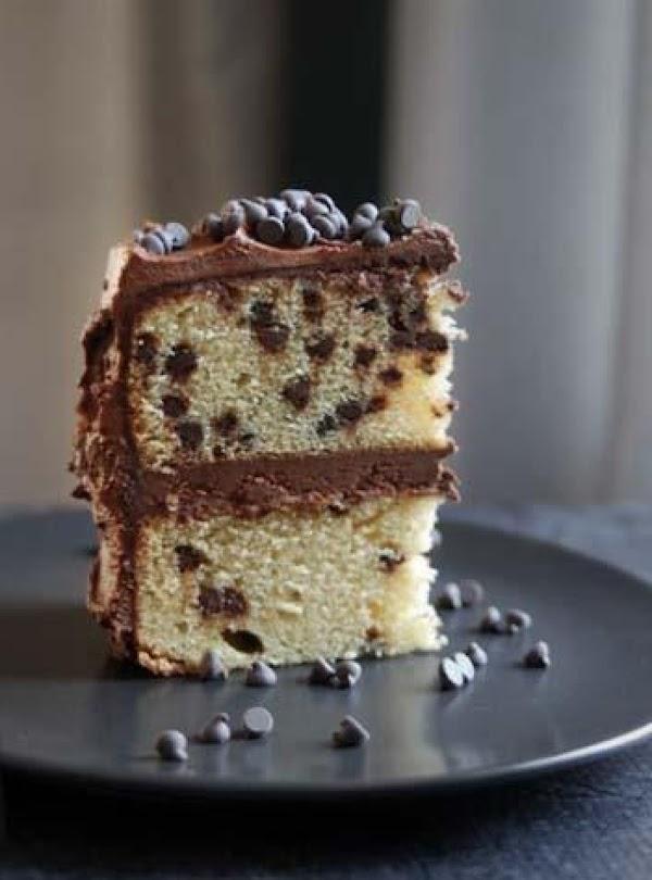 Dina's Chocolate Chip Cake Recipe