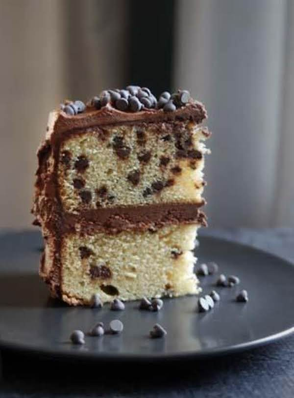 Dina's Chocolate Chip Cake Recipe