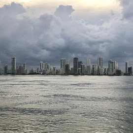 Cartagena Storm by Rob King - Novices Only Landscapes