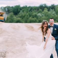 Wedding photographer Aleksandr Varukha (Varuhovski). Photo of 25.10.2017