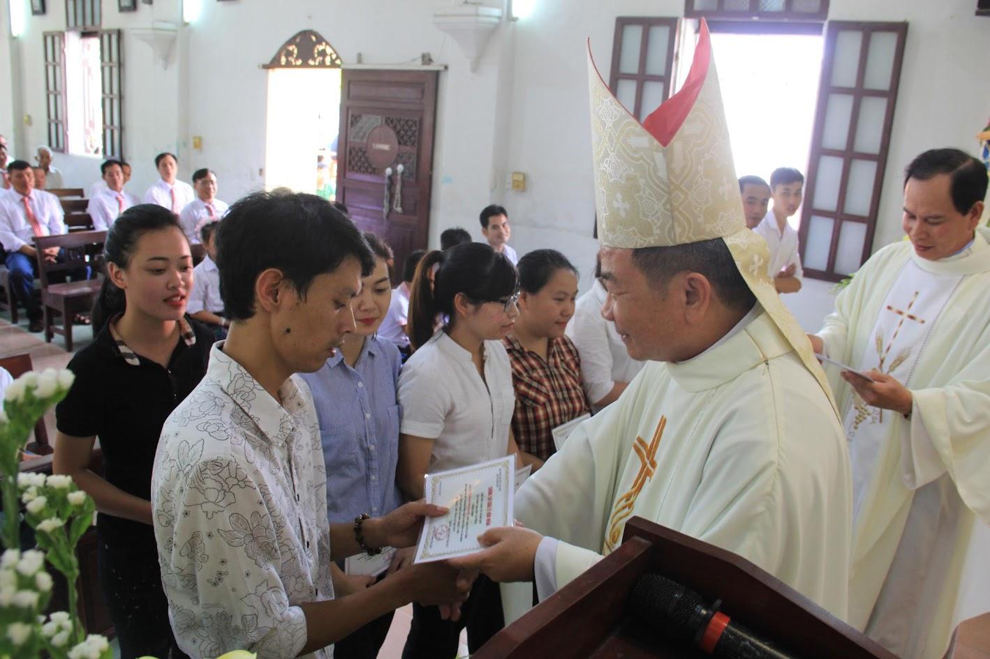 Giáo xứ Ngạn Sơn: Thánh lễ Bổn mạng và Làm phép Nhà mới - Ảnh minh hoạ 21
