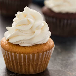 Easy Stabilized Whipped Cream.