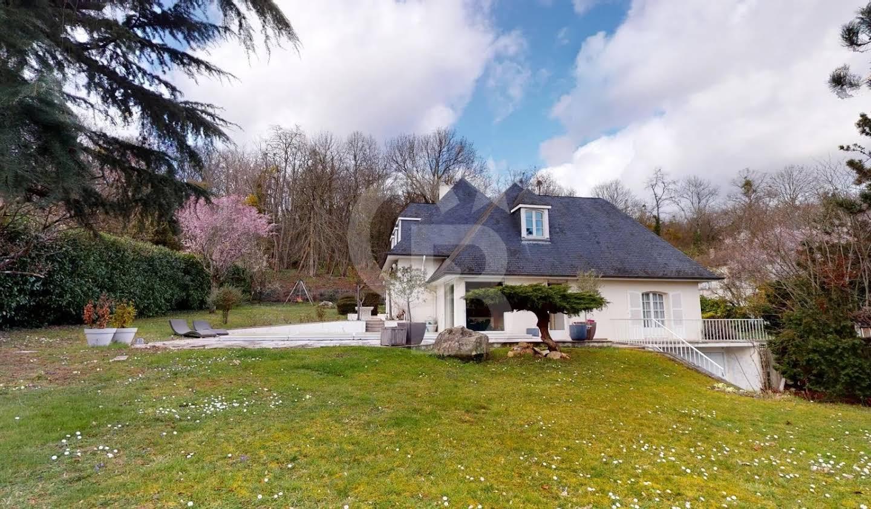 Maison avec piscine Cerny