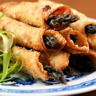 Asparagus Wonton Wraps With Hoisin, Wasabi Or Mustard Filling.