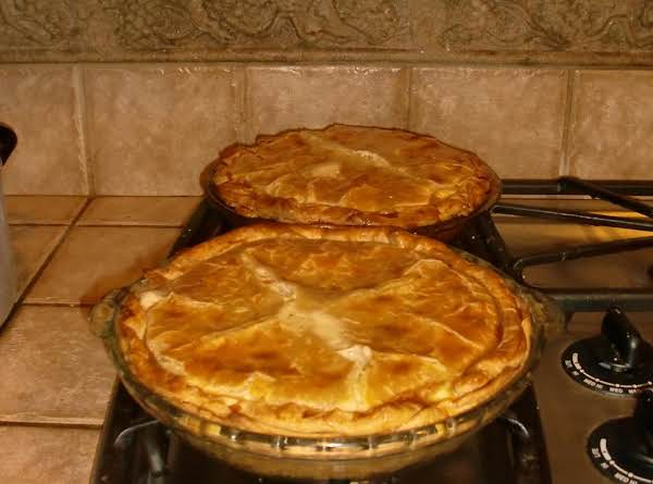 Mmmmmm Delicious, Quick & Easy, Chicken Pot Pie!!!!!