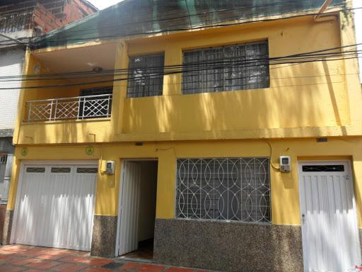 casas en venta robledo 755-9491