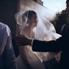 Wedding photographer Vasiliy Tikhomirov (BoraBora). Photo of 25.02.2014