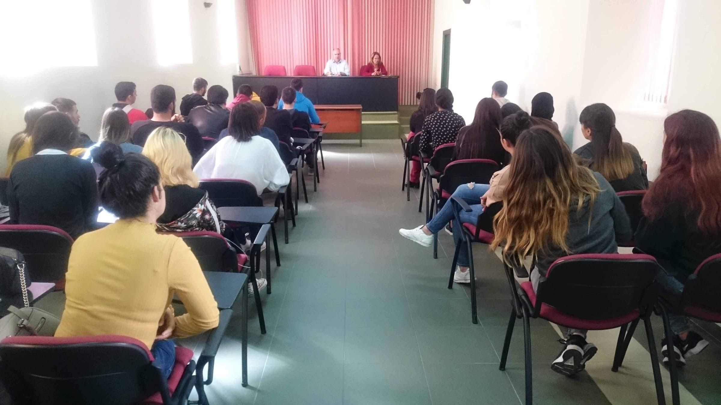 El Ayuntamiento organiza una jornada formativa sobre los derechos del consumidor