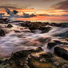 A half of my breath by Sonny Saban - Landscapes Beaches ( waves, sunsets, sea, termanu, flow, rote island )