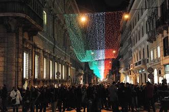 Photo: Accensioni luci Natale Roma con tricolore via del Corso - Accensioni luci Natale Roma con tricolore via del Corso - fotografo: mario proto