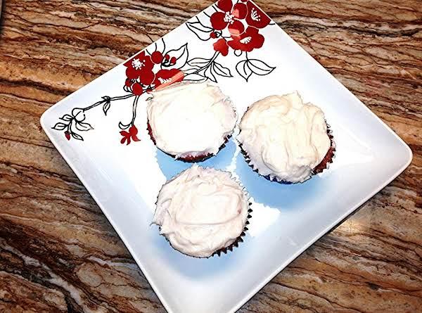Lisa's Strawberry Cupcakes