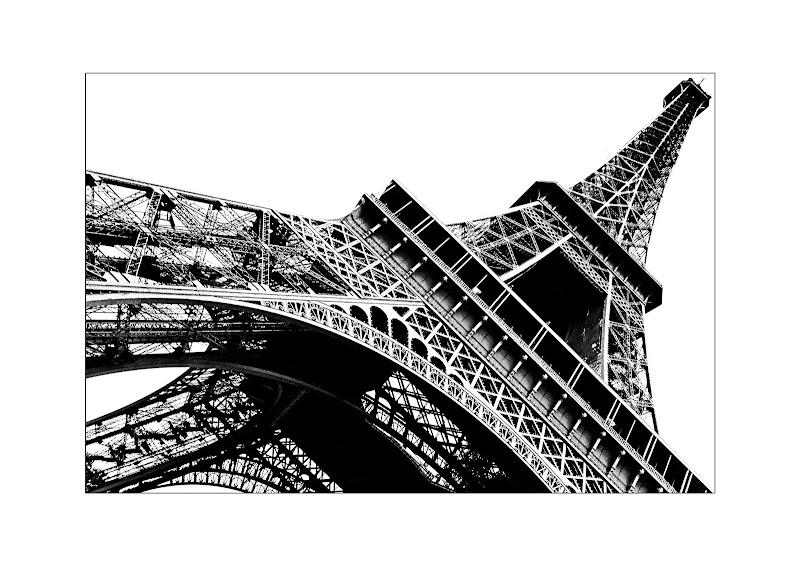 Verticali metalliche di Marco Buggio