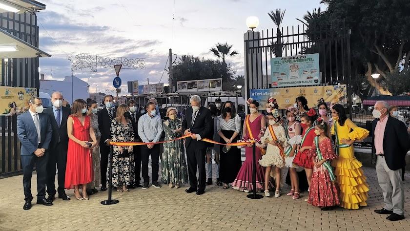 Autoridades durante la inauguración del Recinto Ferial de Vera.