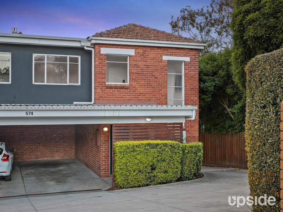 Main photo of property at 2/574 Upper Heidelberg Road, Heidelberg 3084