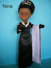 Photo: CONJUNTO DE AUDREY HEPBURN EN DESAYUNO CON DIAMANTES: Compuesto por vestido, estola, guantes largo,  tiara, collar, pendientes y cigarrillo.  Más envío.